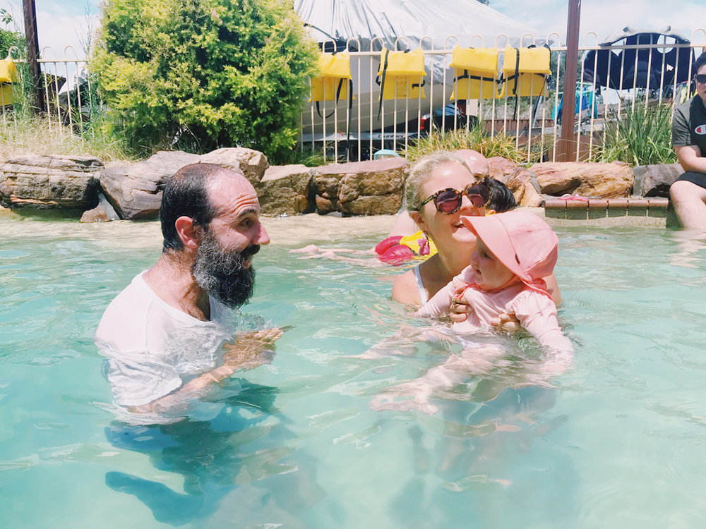 vegan mum vegan baby sydney vegan family summer fun eastern suburbs swimmingpool 01.jpg