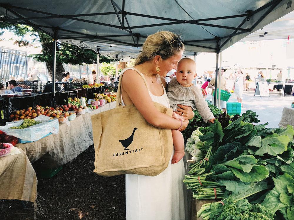 vegan family bondi farmers market 02.jpg