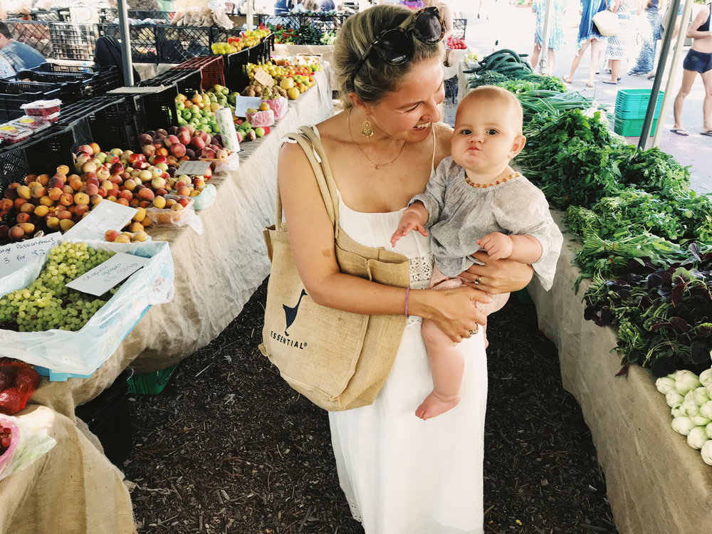 vegan family bondi farmers market cheeky face.jpg