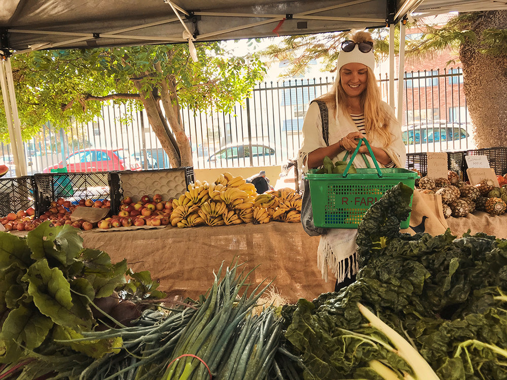 BONDI MARKETS VEGAN FAMILY 09.jpg