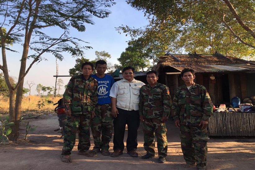Sareth with the soldiers on the frontline of Cambodia-Thailand border