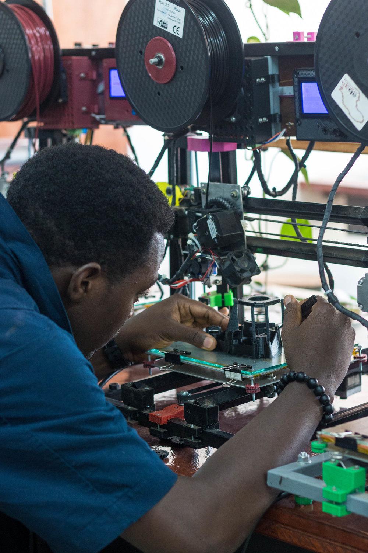 Karl working on Juakaliscope