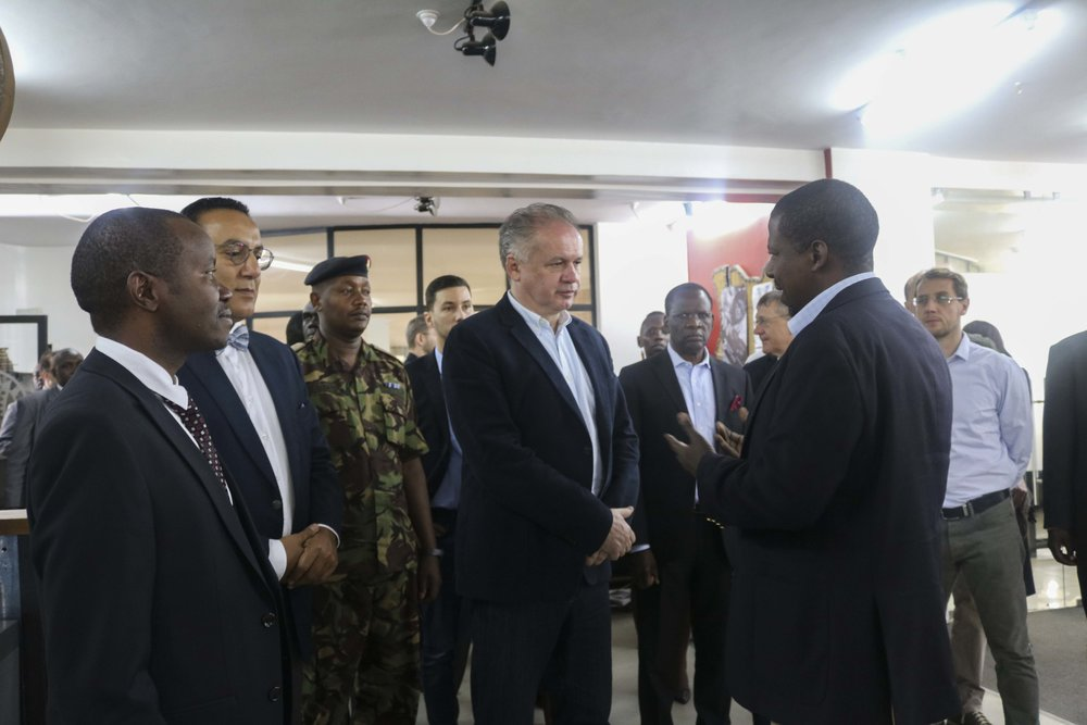 Gearbox Executive Director, Dr. Kamau Gachigi, welcomes the Slovakia President, Andrej Kiska, to Gearbox