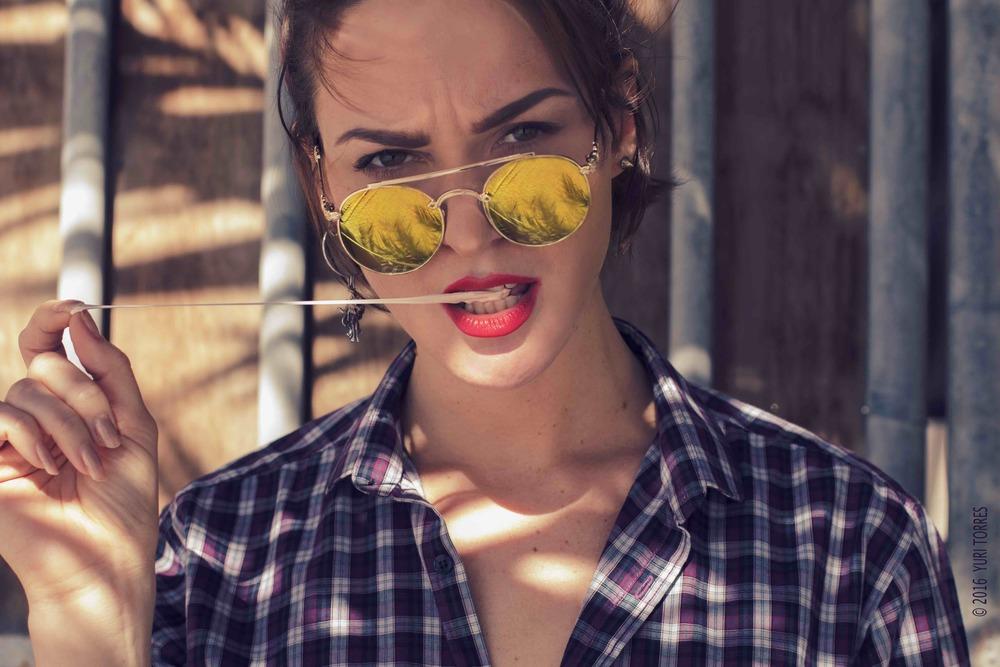 yuri torres photography | SIGHTSOULS BLOG | Portrait Model Behavior Actitud .jpg
