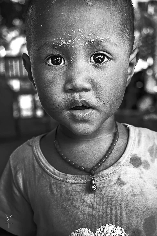 BW | stunning kid portrait | yuri torres photography.jpg