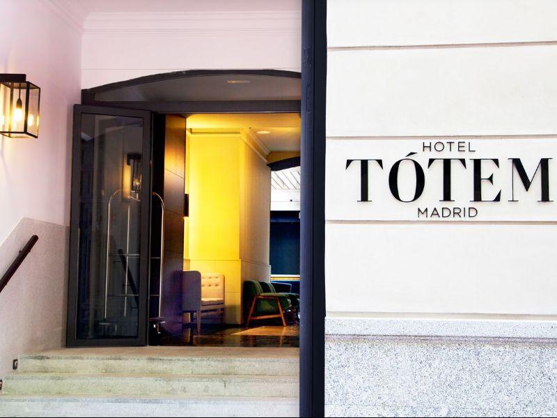 HOTEL TÓTEM Madrid.jpg