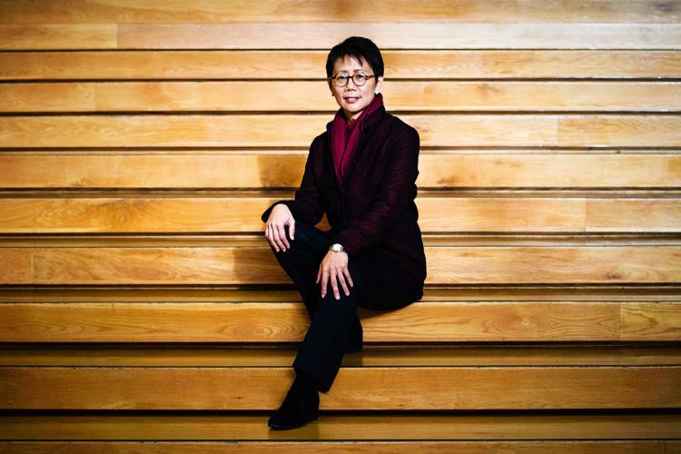 Christine Lo, jurist
