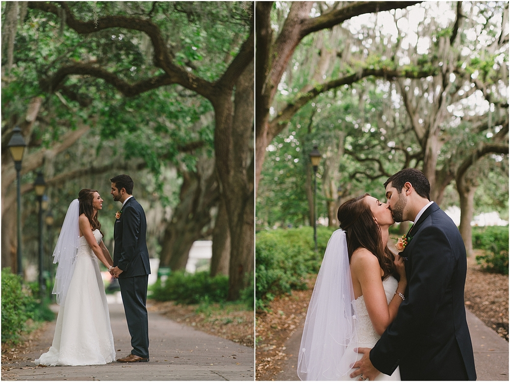 savannah georgia wedding photographer, destination wedding, the forsyth park inn, the forsyth park, wedding photographer