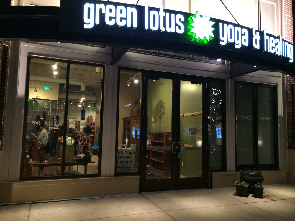 minnesotas-best-yoga-green-lotus.JPG