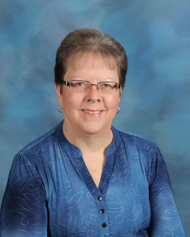 Denise Thompson  Upper Elementary School Teacher  dlthompson@tccseagles.org