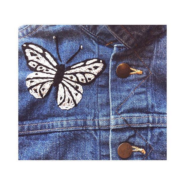 new ѕprιng вυттerғlιeѕ 🦋 #нandeмвroιdery #kids . . . . . . . #sidnyc #kids #vintage #vintagedenim #kidsdenim #embroidery #handembroidery #butterfly #ministyle #minifashion #ootd #oneofakind #custom #coolkids #nyc #levis