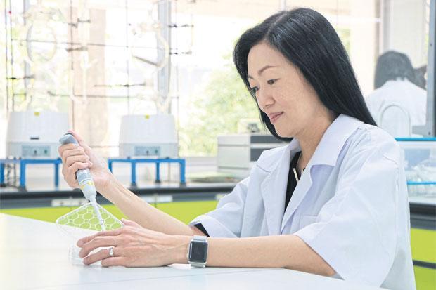 Asst Prof Dr Surang Leelawat in her medical lab at Rangsit University