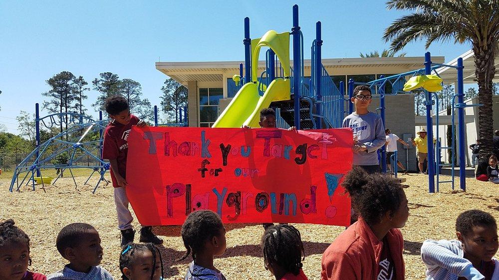 playground ribbon cutting 2.jpg