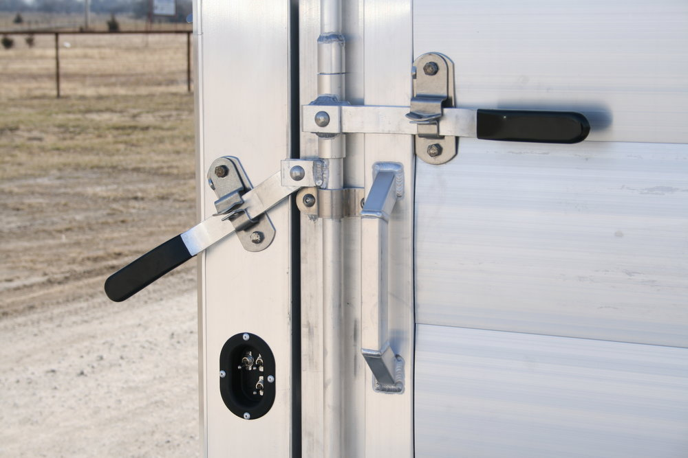 "Stock Latch<a href=""/area-of-your-site"">→</a><strong></strong>"