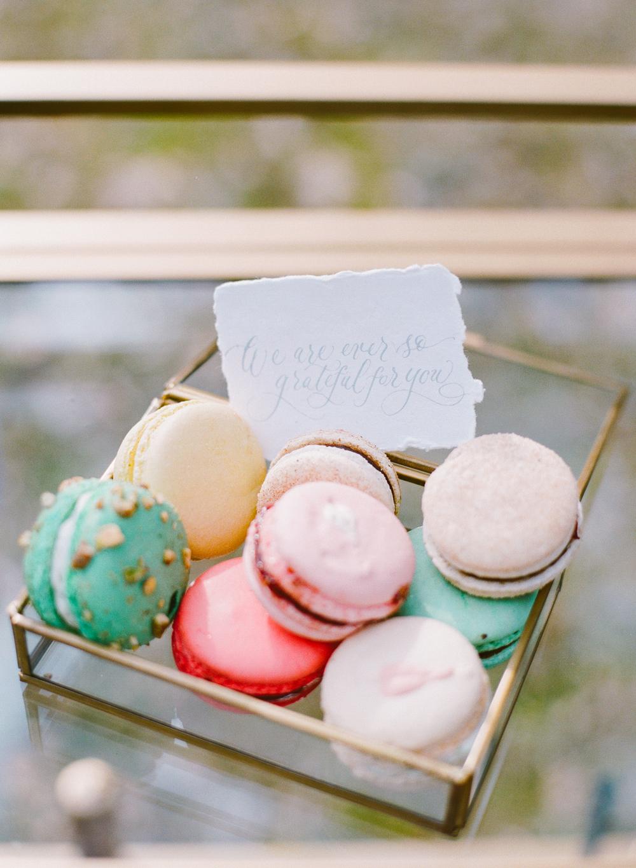Wedding food macarons