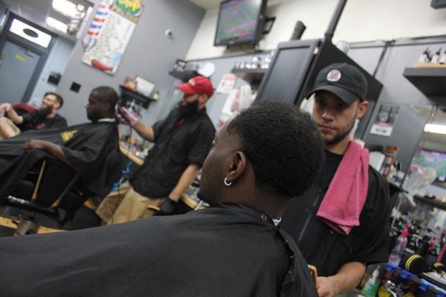 No letting off the brakes this season. Come see @javierlaflare_thebarber ‼️ #westparkpremier #westparkbarbershop #westparkbeautysalon#nastybarbers #barbershopconnect #cutjunkies #cleveland #clevelandhair #clevelandhairstylist #clevelandbarbers #clevelandbarber #barbersinctv #barberhub #barbersonlymagazine #ohiobarbers #ohiobarber #ohiobarbershop #cleveland #haircut #thebarberpost #barber #barberlife #sharpfade #andisnation #layrite #uppercutdeluxe #hanzonation #purebarbers #majorleaugebarbers #wahlpro