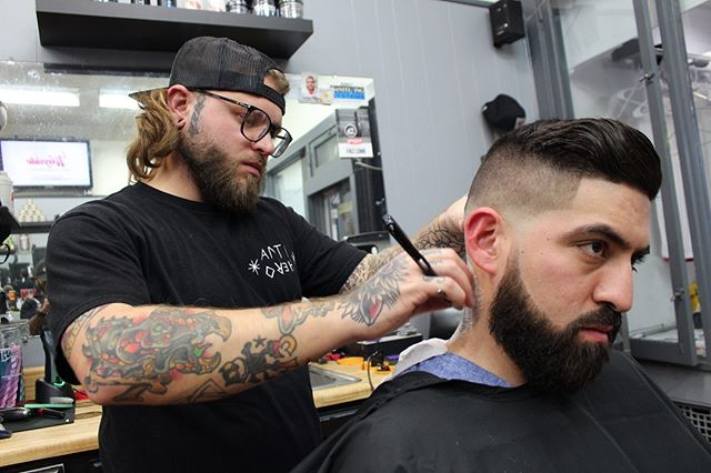 Setting heads ablaze all damn day.  Come catch this fade by @quinn13_barber Tuesday-Saturday @westparkbarbershop ‼️ @westparkbarbershop @westparkpremier @westparkbeautysalon @majorleaguebarber @clevelandbarbers @thebarberpost @barbershopconnect @layriteofficial @wahlpro @andisclippers @sharpfade @nastybarbers @sharpestbarbers @nicestbarbers @menshair @national_fade_league @hairandtheblog @elegancegel @national_barbers_association @majorleaguebarber @hanzonation