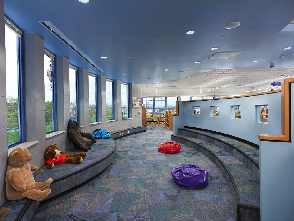 (7)Interior - Lounge Play Area.jpg