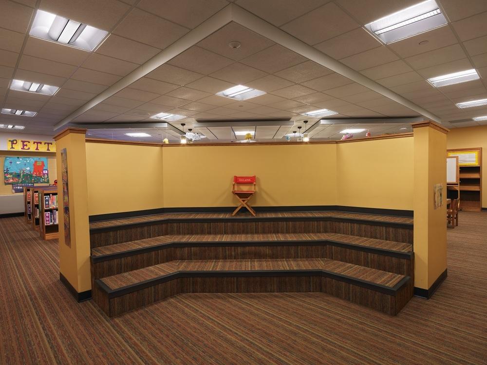 Interior_8.jpg