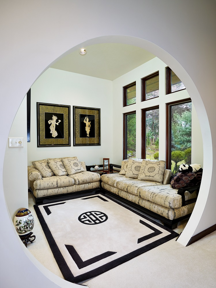 Interior - Living Room Entrance Way.jpg