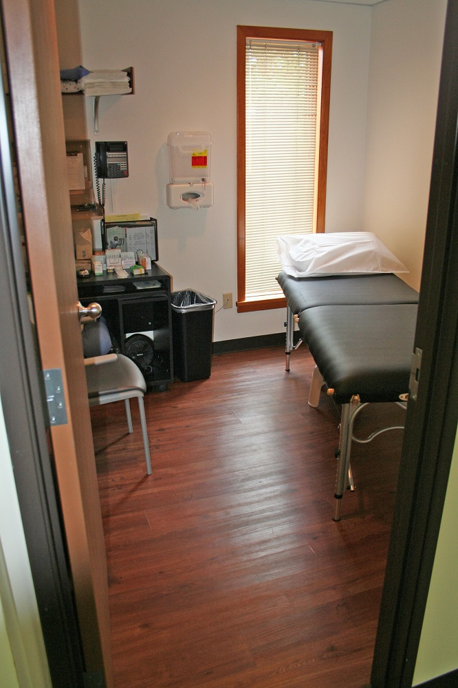 Interior - Exam Room with Window.jpg
