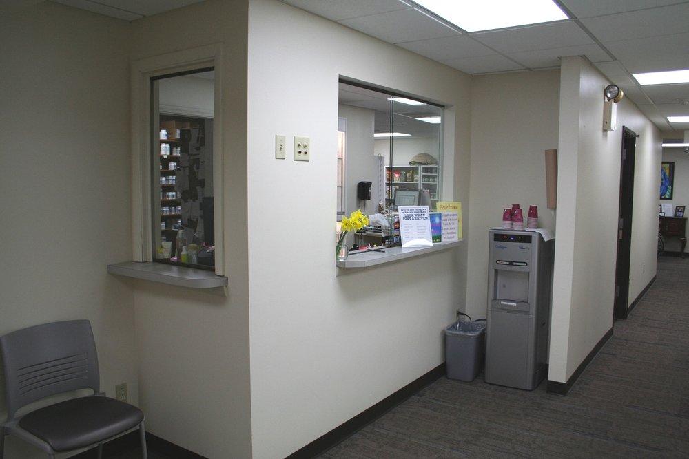 Interior - Lobby Teller Area.jpg