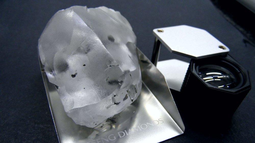 910 Carat Rough Diamond. Photo via: Gem-Diamonds