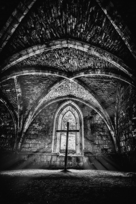 abbey 23 flickr cross bw light rays.jpg