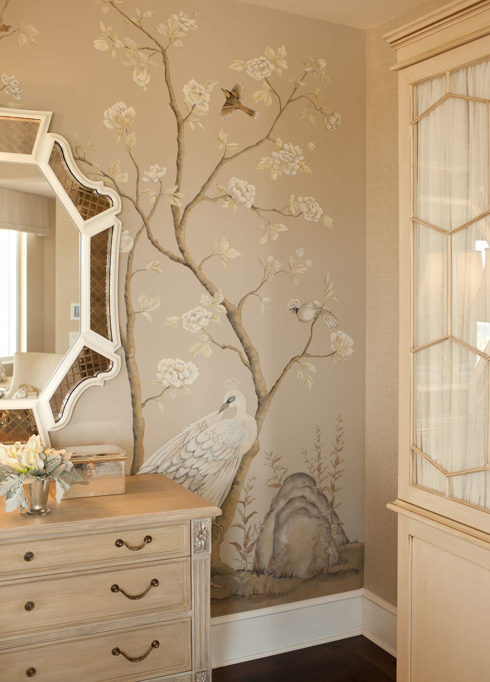 Chinoiserie Bedroom Mural
