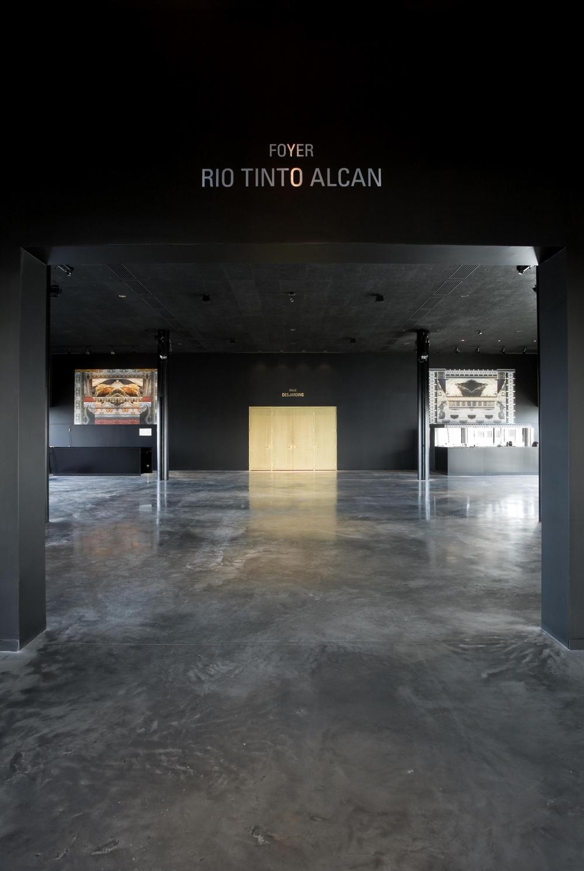06 Salle de spectacle Dolbeau-Mistassini.jpg