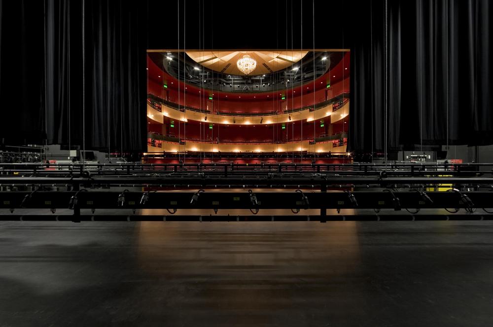 12 Salle de spectacle Dolbeau-Mistassini.jpg