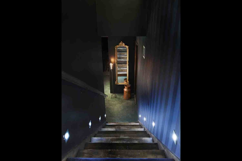 Stairs to basement .jpg