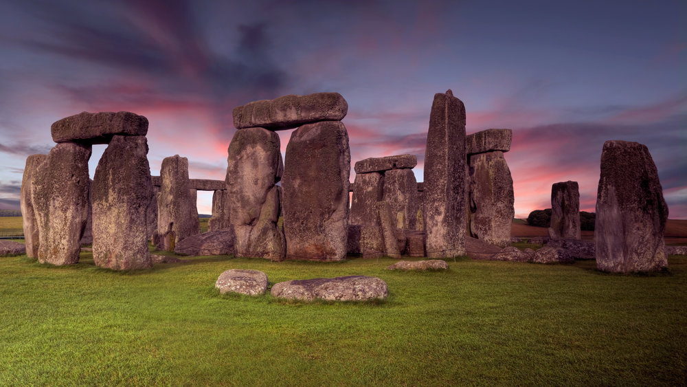 AdobeStock_97366339 stonehenge .jpeg