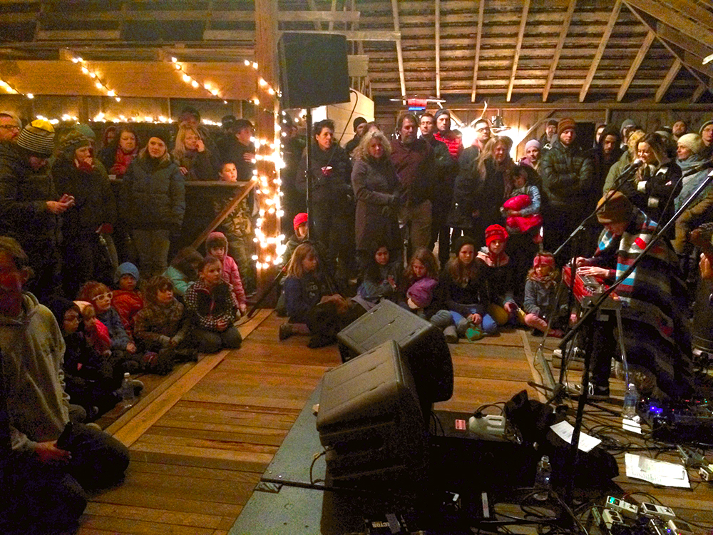 Great Live Music in a Barn - Island Style