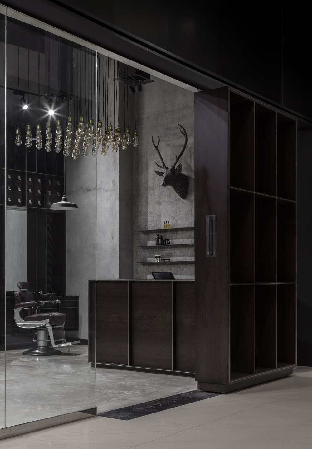 Chaps & Co-Marina-Dubai-Barbershop-Large-Sliding-Door-Reception-Lighting-Interior-Architect.jpg