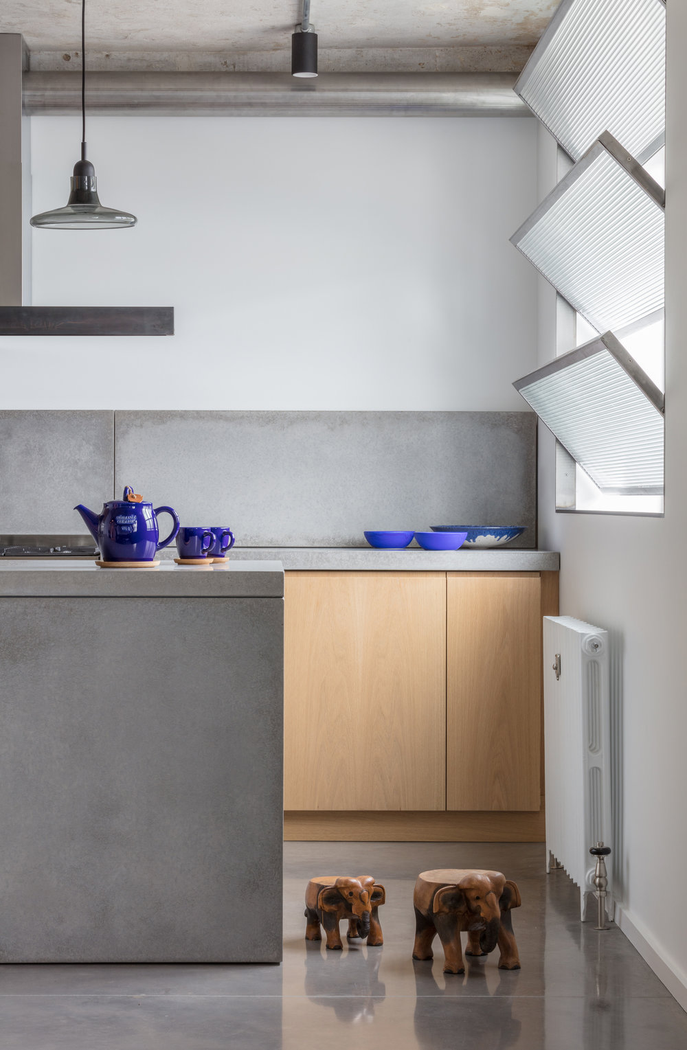 Union-Wharf-Islington-London-Concrete-Shutters-Kitchen-Island-Interior-Residential-Architect.jpg