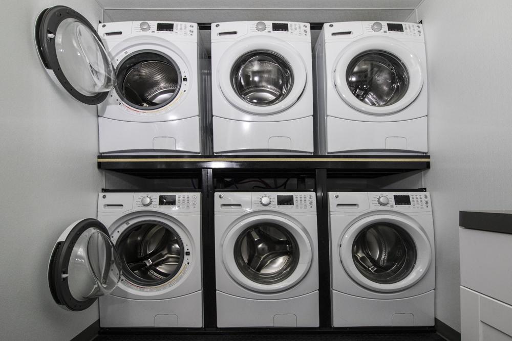 Laundry2_s.jpg