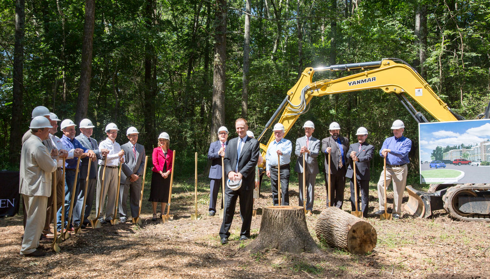 jul_13_2017_IIW_Groundbreaking-2809.jpg