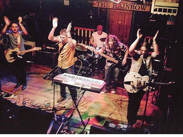 A little #tbt when we last played at @rainbow.live.music and Cory wore a yellow shirt!! We're back there tomorrow night! Doors open at 9pm! @bigsmokebrassband  #tbt #music #musicians #ottawa #canada #livemusic #canadianmusicians #lemoncash #entertainment #brass #horns #guitars #drums #pop #rock #alternative #fun #party #bar #dance #sing #singing #drumming