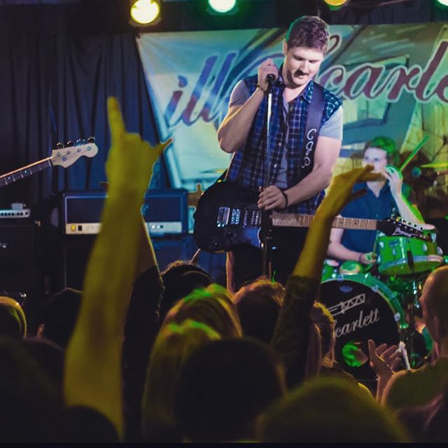 Throwing it back a few years back to one of our shows opening for @illscarlettband !  #artistsofinstagram #canadianmusic #musicians #music #tb #tbt #tbt❤️ #tbthursday #tbts #live #livemusic #fun #songs #guitars #drums #vocals #energetic #highenergy #vibes #vibe #positivevibes #positivity #motivation