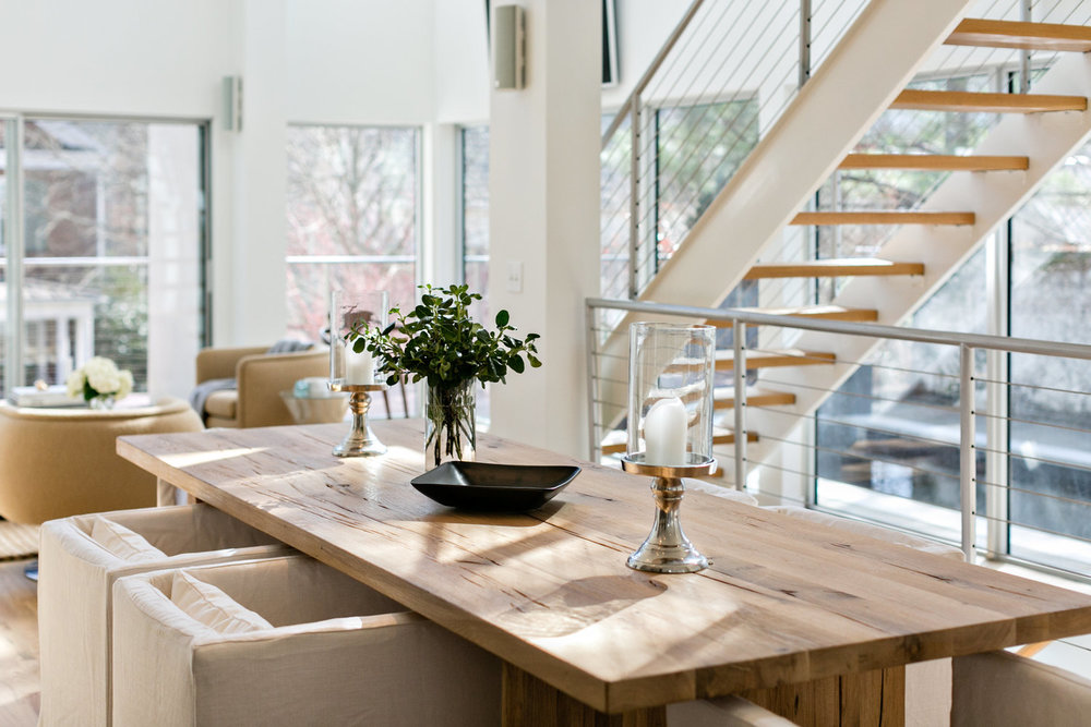 Mister and Mrs Sharp Modern House Dining Room 02.jpg