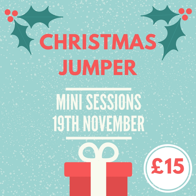 Christmas jumper mini sessions family photography in ely.jpg