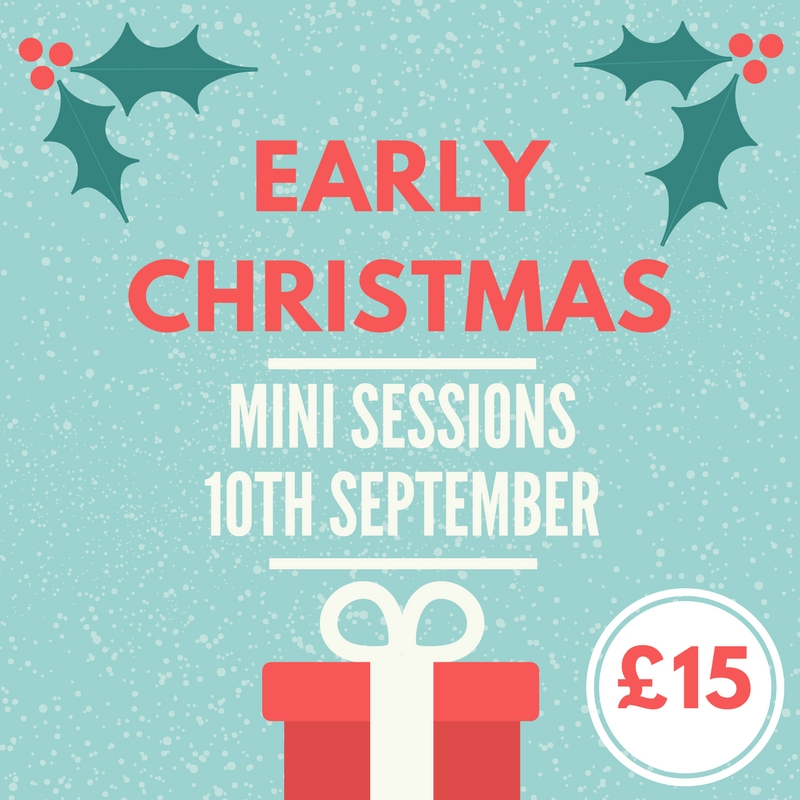 early Christmas mini session photoshoot in ely.jpg
