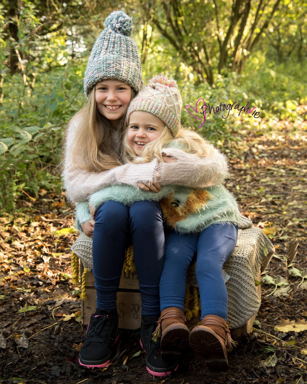 Autumn leaves mini photoshoot ely cambridgeshire family photos baby photographer near me (1).jpg