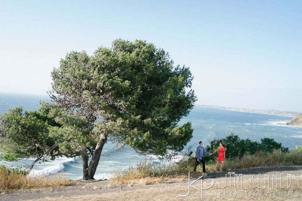 jim-kennedy-photogaphers-palos-verdes-engagement-session_-2.jpg