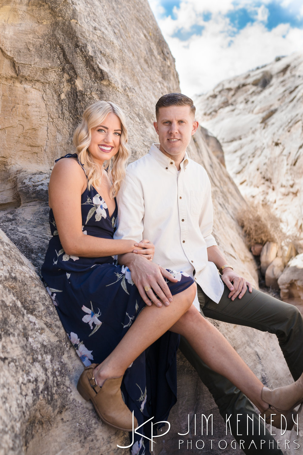 horseshoe-bend-engagement-session-arizona-photographer_-7.jpg
