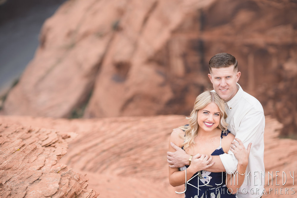 horseshoe-bend-engagement-session-arizona-photographer_-30.jpg
