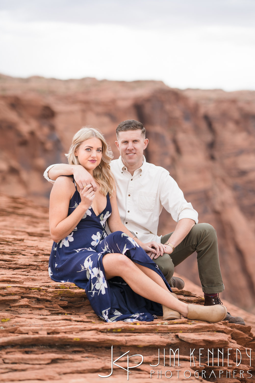 horseshoe-bend-engagement-session-arizona-photographer_-32.jpg