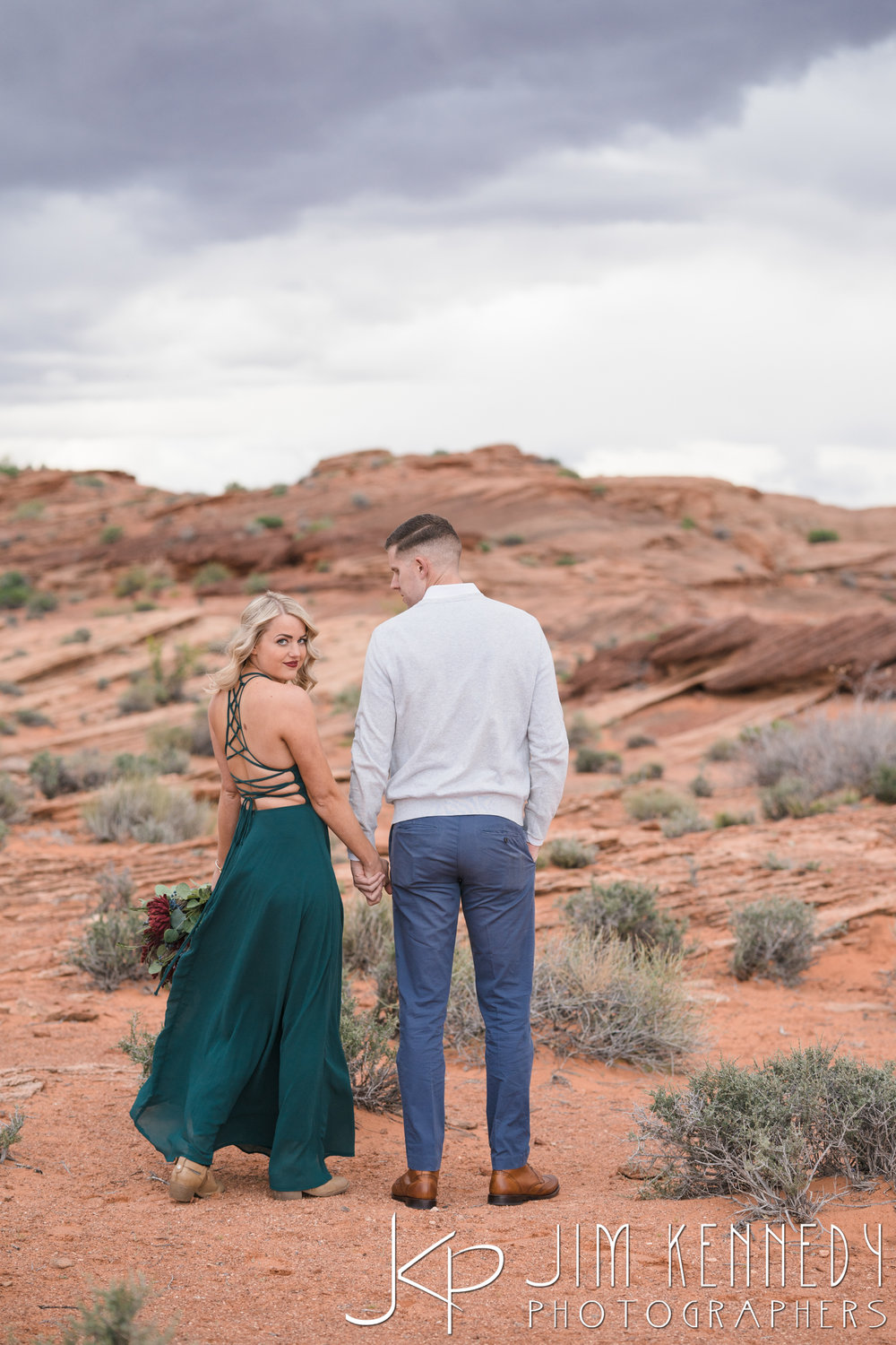 horseshoe-bend-engagement-session-arizona-photographer_-40.jpg