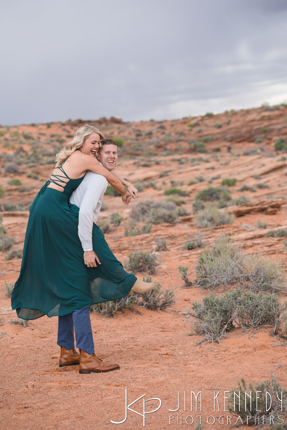 horseshoe-bend-engagement-session-arizona-photographer_-41.jpg